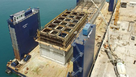 LafargeHolcim Greece contributes to rebuilding Santorini port